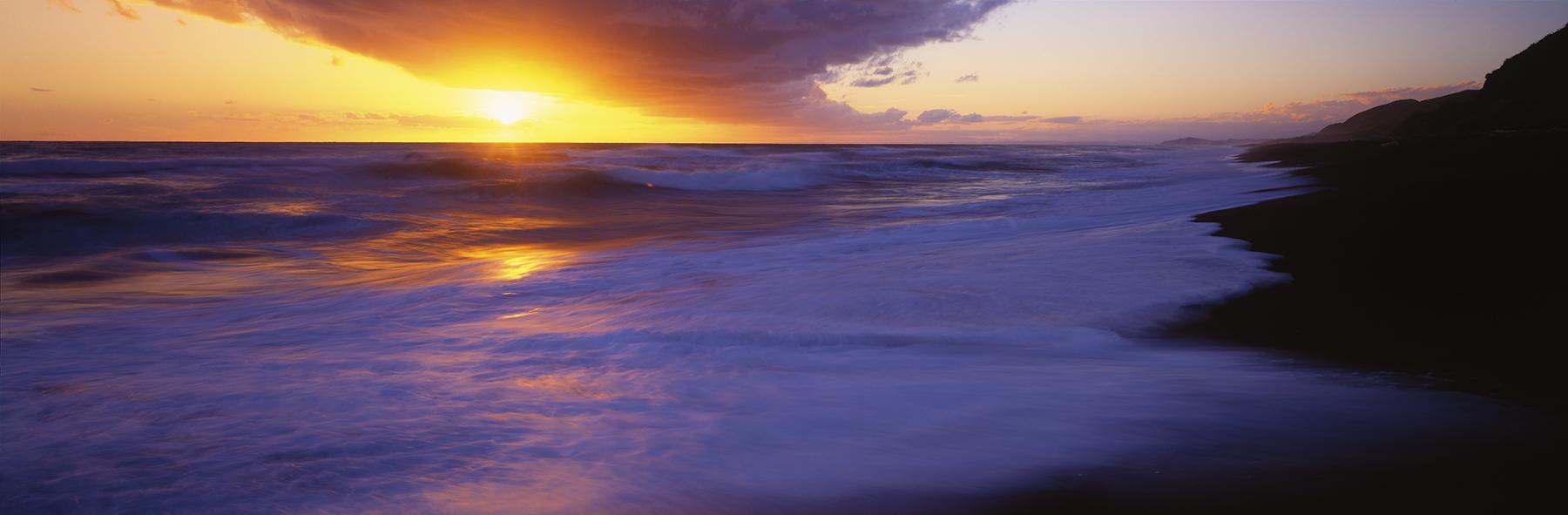 Mahia Peninsula, New Zealand. A Limited Edition Fine Art Landscape Photograph by Richard Hume